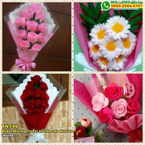 buket bunga flanel handmade medium souvenir pernikahan