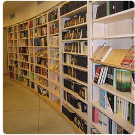 libreria comunale spoleto la biblioteca comunale vietata ai disabili