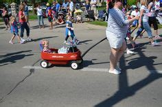 memorial park oshkosh lights catv 2 memorial day procession hosts emily makowski and