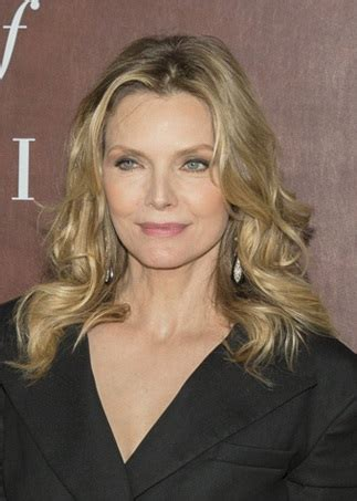 michelle pfeiffer hairstyles hairstyles michelle pfeiffer long curled hairstyle
