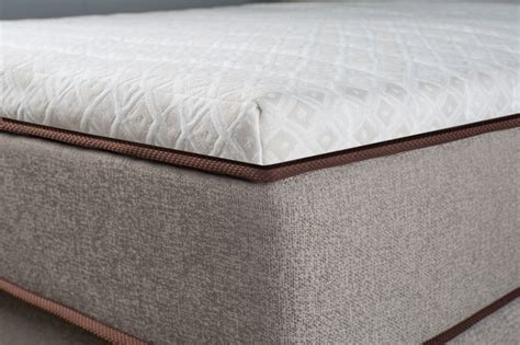 Best Pillows For Back by Pillow Tops Gevorest