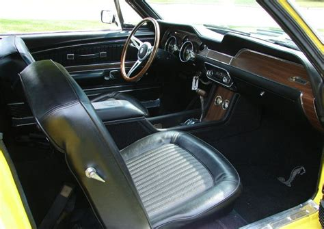 1968 Mustang Deluxe Interior by 1968 Shelby Interior Pictures To Pin On Pinsdaddy