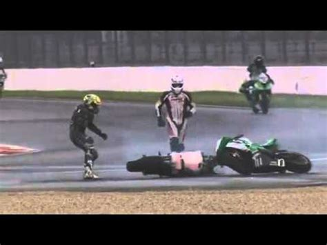 Youtube Motorradrennen Videos by Motorradrennen Unfall Crash Fail Youtube