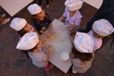 bimbi cucinano bimbi cucinano alla boccaccesca bimbi e viaggi