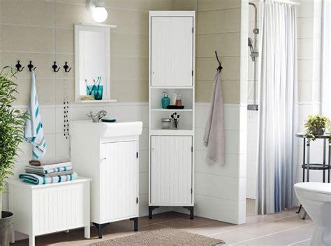 raumsparende badezimmer ideen 220 ber 1 000 ideen zu eckregal wei 223 auf