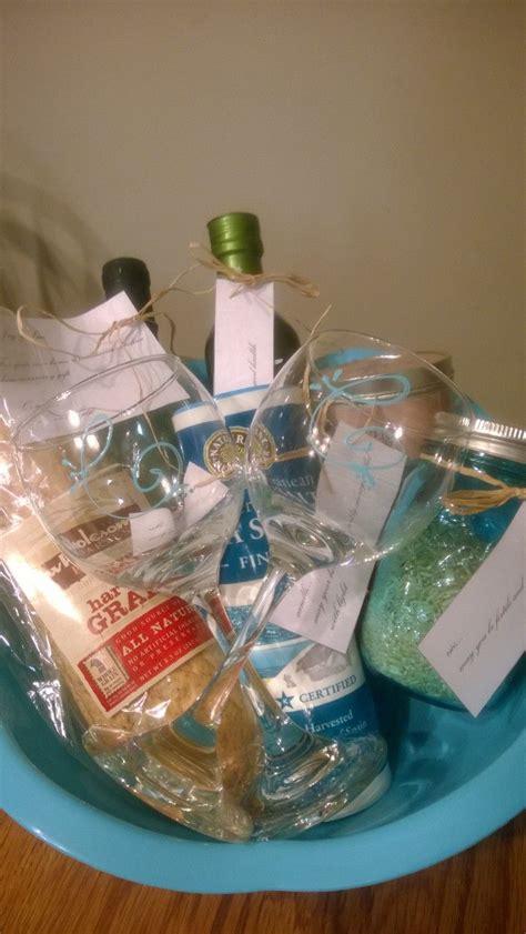 traditional housewarming gifts traditional italian housewarming gifts ehow