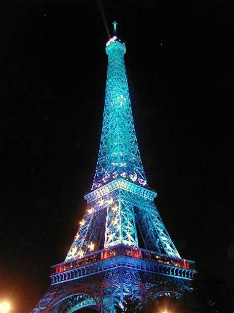 tour eiffel illuminata la tour eiffel illuminata a tema 232 il semestre di