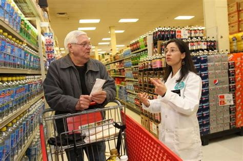 shoprite s new dorp store keeps dietitian on staff