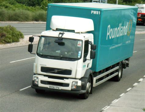 volvo truck images file poundland volvo truck jpg