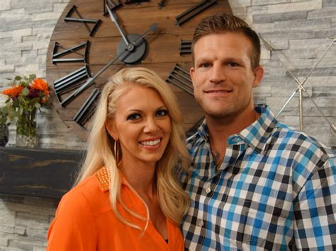 flipping las vegas fake 10 things to know about flip or flop vegas hosts bristol