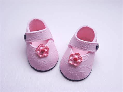 Baby Shoes Stacey S Sweet Shop Truly Custom Cakery Llc Perfectly Pink Precious Baby Shoes