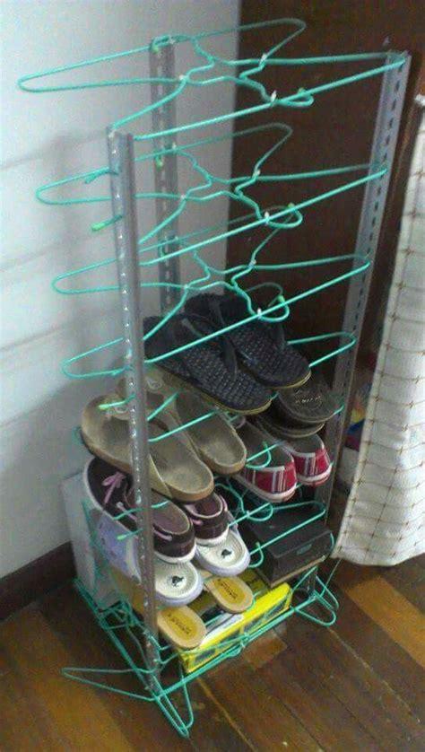 wire shoe storage 24 maneras de evitar que tus zapatos se salgan de