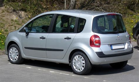 renault small scoop renault s new small car modus caught testing edit