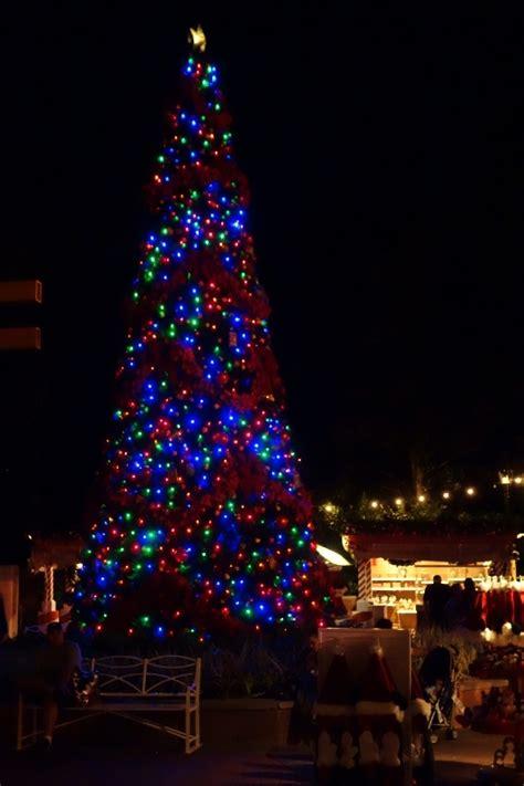 human christmas tree epcot images of the season at walt disney world yourfirstvisit net