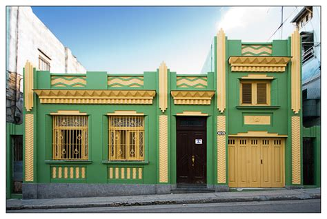 art house art deco house art deco predominantly decorative art and fashion styles of the 1920 s and 30