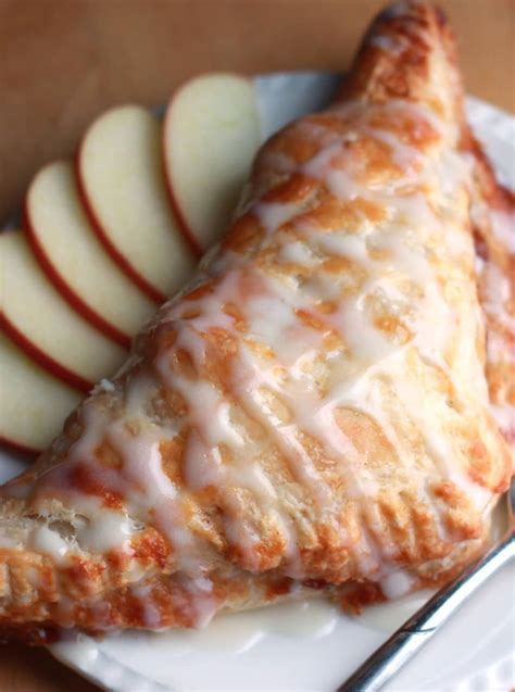 apple turnover apple turnovers recipe dishmaps