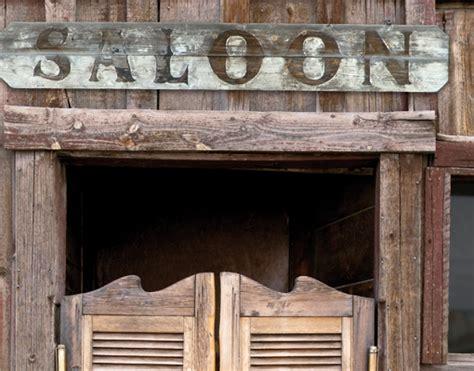 Western Saloon Wallpaper