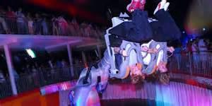 Danse Avec Les Robots Futuroscope 972 by Quot Danse Avec Les Robots Quot Au Futuroscope Nouvelle Version
