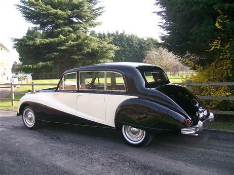 Wedding Car Uxbridge by Classic Wedding Car Classic Wedding Car Hire In Uxbridge