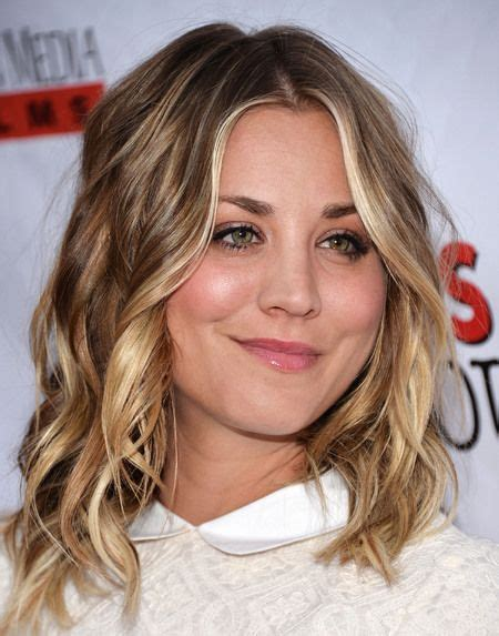 hairstlyes medium lenght beach wave 7231 best kaley cuoco images on pinterest beautiful