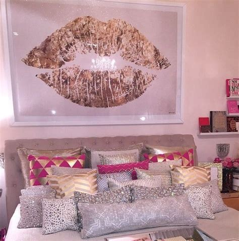pink bedroom accessories best 25 pink bedroom decor ideas on pinterest pink and