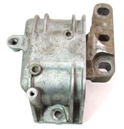 rh engine mount support bushing   vw jetta mk  tdi brm    ba