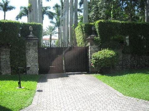 Madonna S House by Madonna S House Picture Of Miami Tour Company Miami