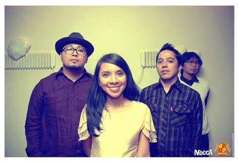 ini dia gitar indonesia yang terinspirasi film coco ini dia band indie indonesia yang terkenal di korea inikpop