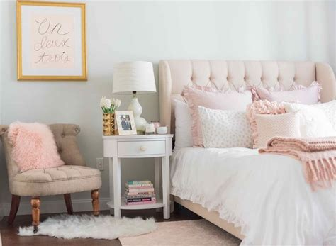 light pink and cream bedroom 25 best ideas about light pink bedrooms on pinterest