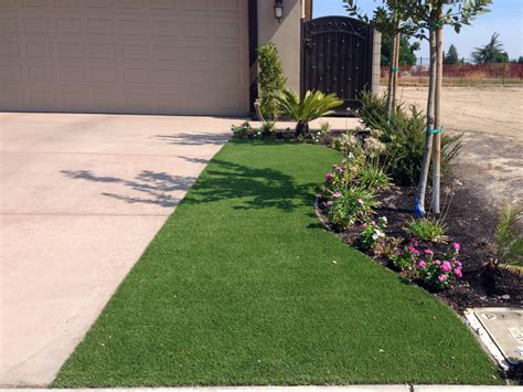 artificial grass front yard synthetic lawn ashwaubenon wisconsin home and garden