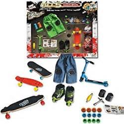 tech deck roller skates gift set of finger skates roller scooter