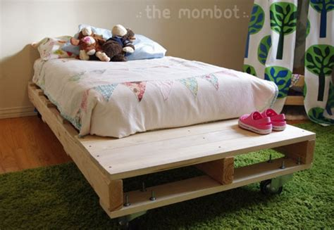 diy kids beds 10 cool diy kids beds kidsomania