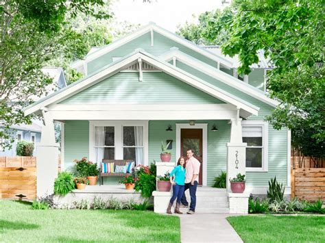 house tour and tips from renovation professionals hgtv