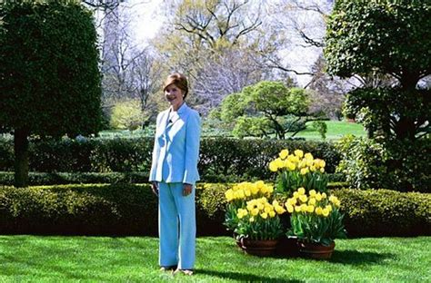 white house spring garden tour mrs bush s remarks at press preview of white house spring garden tour