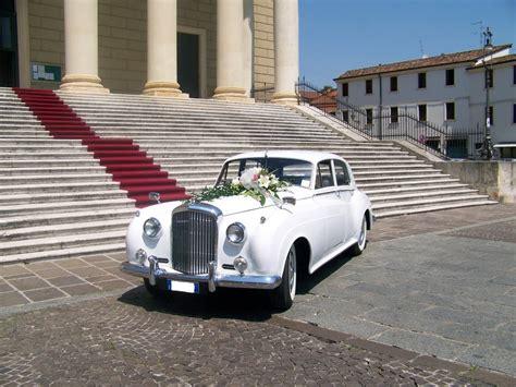 Porta Portese Auto D Epoca by Giochi Di 1 Donna Fa Con Un Uomo