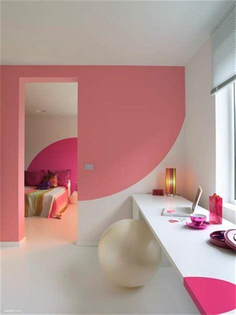 mendesain warna cat rumah  kreatif  inovatif