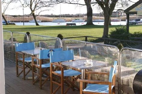 the boat house christchurch boathouse restaurant christchurch restaurant reviews phone number photos