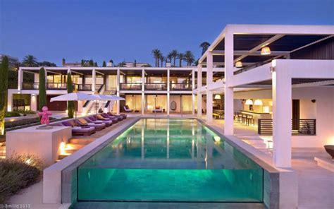 Modern Luxury Villa Design Www luxury modern villa on cap d antibes