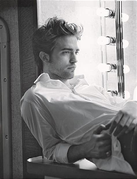 robert pattinson vanity fair photoshoot photos 11012009 10