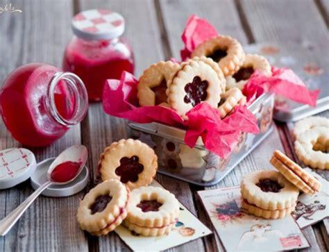 decorare i biscotti le 7 dolci ricette perfette per natale bohemycake