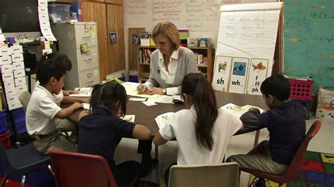esl students guided reading with esl elementary students youtube