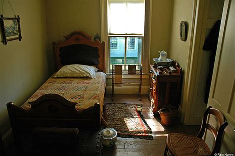 what is a rooming house boarding house room rein nomm flickr