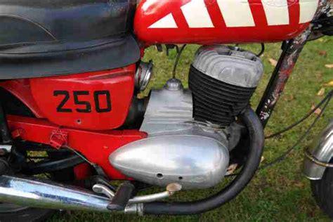 Gebrauchte Jawa Motorräder by Altes Motorrad Jawa 250 F 252 R Bastler Und Unfall Und