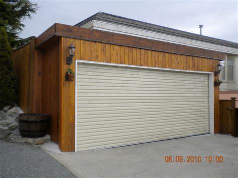 Residential Roll Up Garage Doors Amazing Garage Roll Up Door Virtually No Maintenance Great Garages Doors