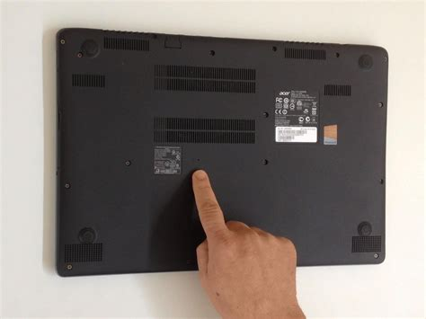 How To Reset Acer Battery Of Laptop | acer aspire v5 572 battery reset pinhole ifixit repair