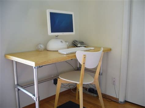 simple diy computer desk cheap and easy to use diy computer desk ideas freshnist