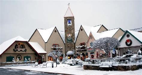holiday place christmas place in snow picture of christmas place pigeon forge tripadvisor