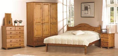 Richmond Bedroom Set by Richmond Pine Bedroom Furniture