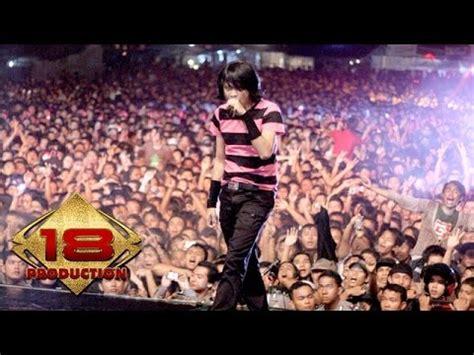 download mp3 gratis gigi nakal gigi nakal live konser blitar 08 april 2008 youtube