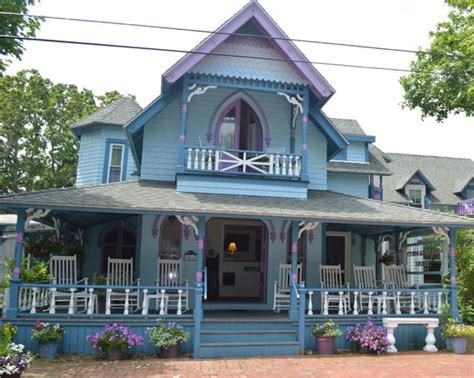 martha s vineyard bed and breakfast narragansett house oak bluffs ma martha s vineyard